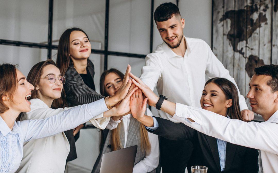 Los comportamientos de liderazgo que alimentan la colaboración interpersonal son los verdaderos conductores del cambio