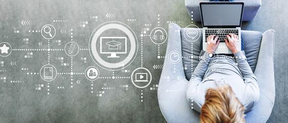 El curso de comerciales y su importancia en la nueva Era Digital